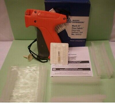 Avery Dennison Fine Clothing Price Tagging Tag Gun With 1000 Barbs Fastener