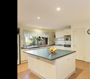 Complete used kitchen with appliances Hamlyn Heights Geelong City Preview