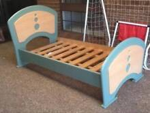 Beautiful Timber Single Bed Frame in Excellent Condition Old Toongabbie Parramatta Area Preview