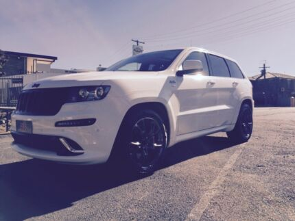 SRT 8 Jeep ALPINE