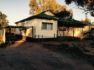 Mullewa Home one hour east of Geraldton, Mullewa Area Preview