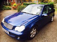 Mercedes Benz C220 2004 (54) Auto Diesel