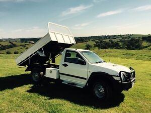Isuzu Dmax 4x4 tipper steel tray diesel 117,000kms Arthurs Creek Nillumbik Area Preview