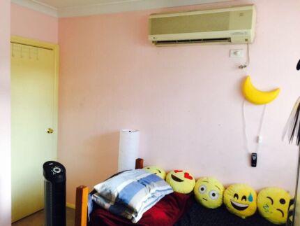 Room for rent near Wentworthville station