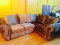 Beautiful brand new large crushed velvet corner suite sofa, £400, great bargain