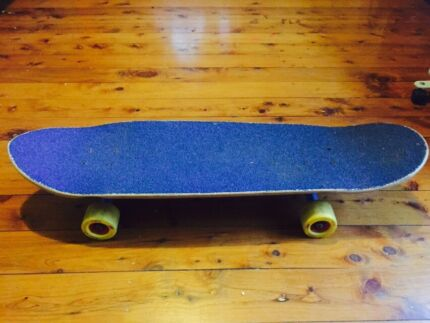 Longboard Comet shred as new Figtree Wollongong Area Preview