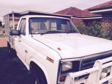 F100 tipper Como South Perth Area Preview