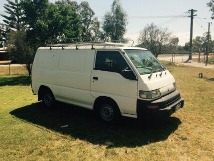 Mitsubishi Express Van SJ 2005 The Vines Swan Area Preview