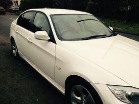 White BMW 320d, Efficient Dynamics (61 plate)