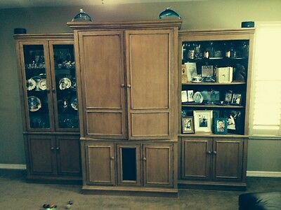 💥DREXEL HERITAGE $6500 TV ENTERTAINMENT CENTER WALL UNIT SOLID WOOD LIGHTED 💥