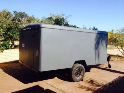 Enclosed trailer 3.7mtrs x 2.1mtrs Halls Head Mandurah Area Preview