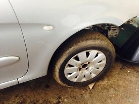 Citroen xsara Picasso 1.6 hdi breaking spare parts
