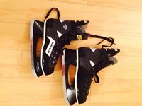 Bauer Air 30 Hockey Skates