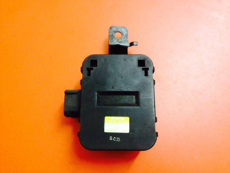 LEXUS LS430 2002 COOLING FAN CONTROL UNIT ECU 88898-50020