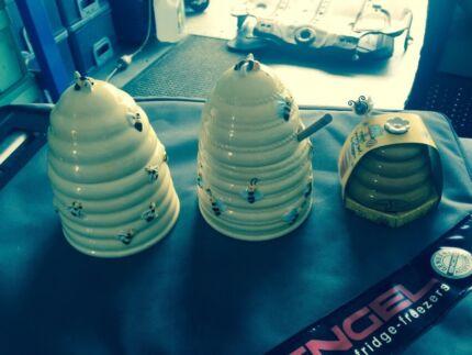 Honey Pots  Trinity Beach Cairns City Preview