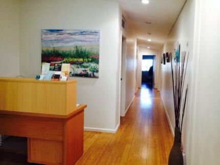 Allied health professionals. Clinic room for rent in Erskineville