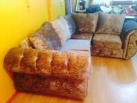 STUNNING CRUSHED VELVET 4 SEATER SOFA, BARGAIN! BRAND NEW NEVER BEEN USED