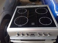 Silver ceramic electric cooker 60cm....Mint free delivery