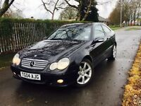 WOW Mercedes-Benz C200 kompressor ** 1 OWNER FROM NEW** this car has wanted for nothing