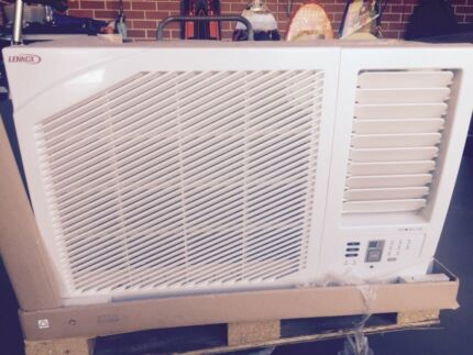 Air conditioner  Tranmere Campbelltown Area Preview