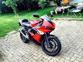 2005 Yamaha r6 for sale very Low Mileage