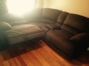 Sectional with 2 power recliners