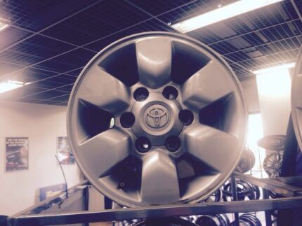 15x7 Toyota Hilux SR5 Factory Alloy wheels 2005+ set 4 including nuts.  North Geelong Geelong City Preview