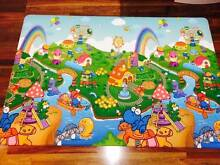 Dwinguler baby Play Mat size:M Lyons Woden Valley Preview