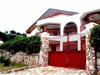 Spacious home with beautiful views of Accra and the ocean beyond
