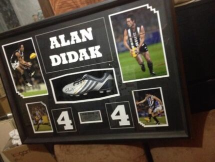 Alan Didak framed and signed football shoe  Cranbourne North Casey Area Preview