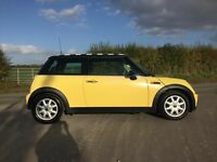 Mini Cooper 1.6 Canary Yellow, Service History