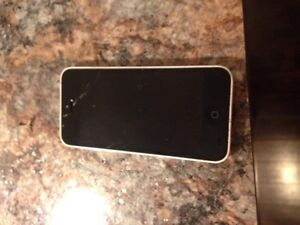 *****iphone 5c with Bell works excellent $60***