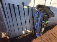 Golf clubs & bag!! Look! Bargain 🏌🏻 golf clubs