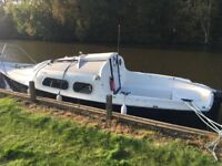 19 ft motor boat with mooring paid until May 2018