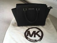 Genuine Michael Kors Selma Saffiano black leather bag