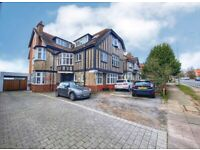 SB Lets are delighted to offer this spacious 2 bedroom flat in a great location on Dyke Road