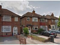 2 BEDROOM FIRST FLOOR MAISONETTE - ENFIELD - SORRY NO DSS