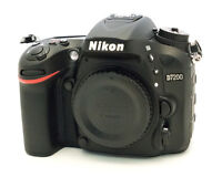 MINT CONDITION NIKON D7200 Body w/extra battery