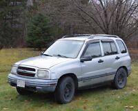 2001 Chevrolet Tracker SUV ( Reduced)