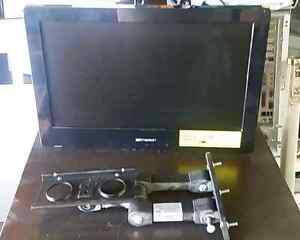 """Emerson 19"""" TV w/built-in dvd player and wall mount,"""