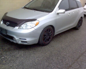 parting out 2004 Toyota Matrix XR-S, 6spd Manual, Grey in color!