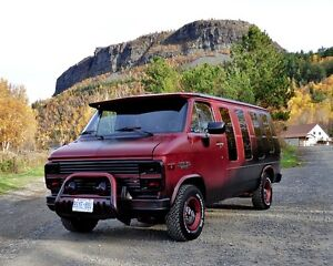 FOR SALE 1984 STARCRAFT RETRO VAN