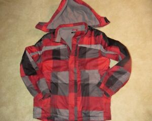 Boy's XL Winter Coat. Removable hood. Great Condition.