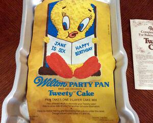 Tweety Bird Cake Pan Kingston Kingston Area image 4
