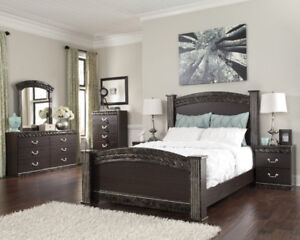 ASHLEY 7PC BEDROOM SET FLOOR MODEL CLEARANCE