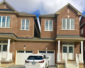2 Story home for Lease in Markham Rd And Steels Ave E 3BED 3BATH