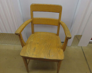 antique wooden chairs West Island Greater Montréal image 2