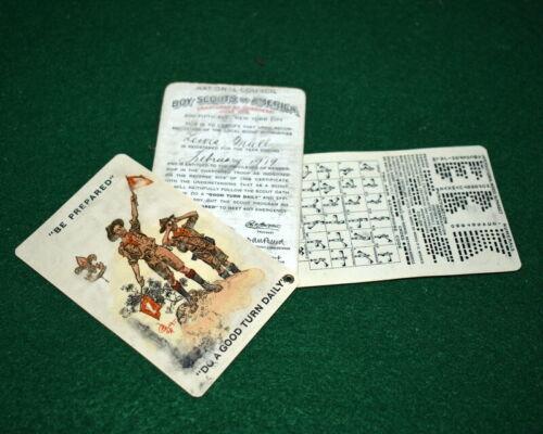 VINTAGE BOY SCOUT- 1918 THREE PART PLASTIC RIVITED MEMBERSHIP CARD