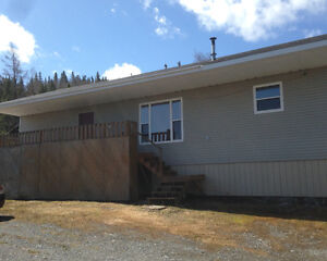 2 bed room house in pinchgut lake.