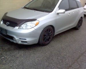 parting out 04 Toyota Matrix XR-S, 6spd Manual, Grey in color!